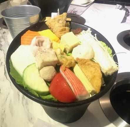 台北新莊美食》加分100%浜中特選昆布鍋物