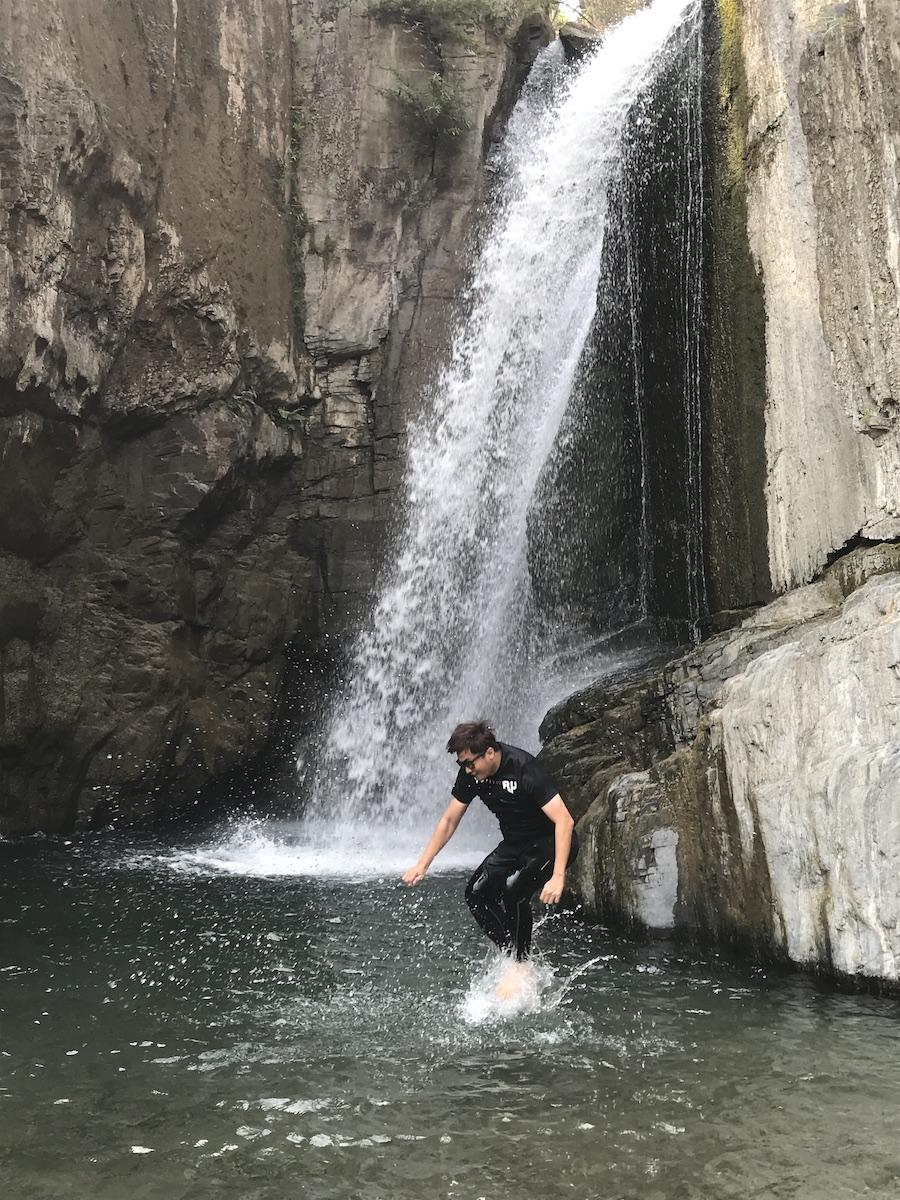 南投景點/夢谷瀑布:跳水